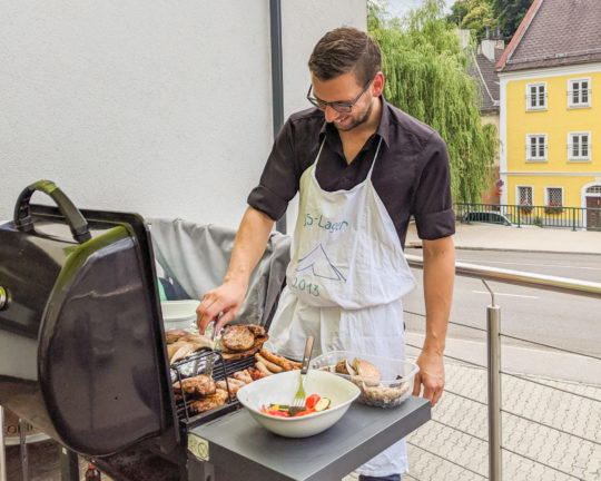 Matthias Wagner am Grill